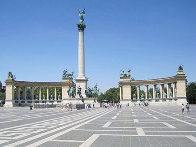 Que visitar en Budapest - Plaza de los Heroes