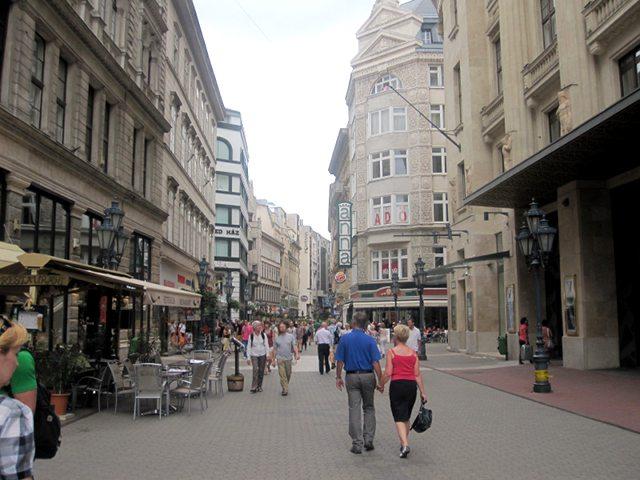 Que ver en Budapest - Vaci Utca