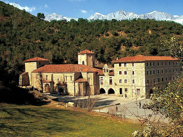 Cantabria - Monasterio Santo Toribio Liebana