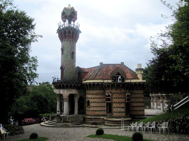 Que visitar en Cantabria - Comillas - El Capricho