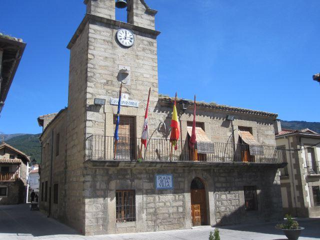 La Adrada - Ayuntamiento