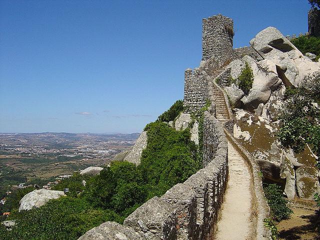portugal-sintra-castelo-dos-mouros