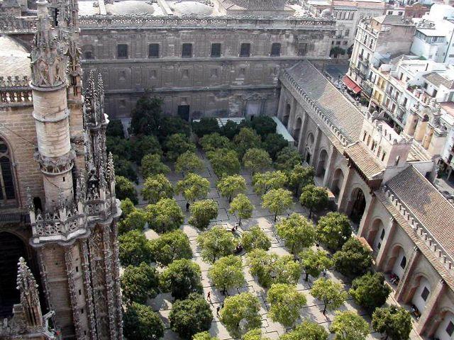 que ver en Sevilla en tres dias - Patio de los Naranjos