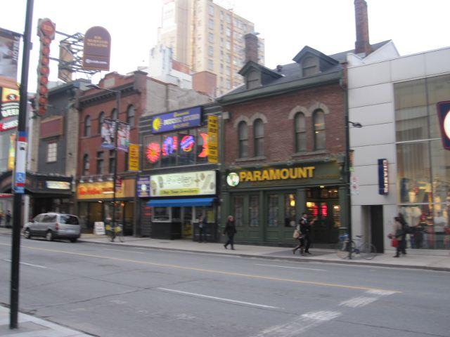 Toronto - Yongue Street