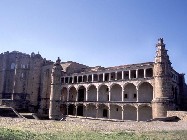 Alcántara - Conventual de San Benito