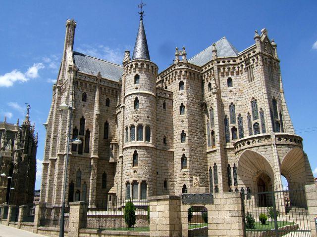 Visitar Astorga en un día, la capital de la Maragatería y el chocolate
