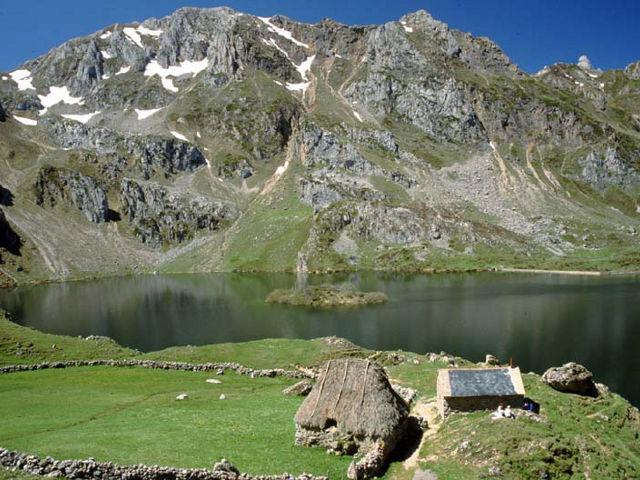 Asturias - Lago del Valle