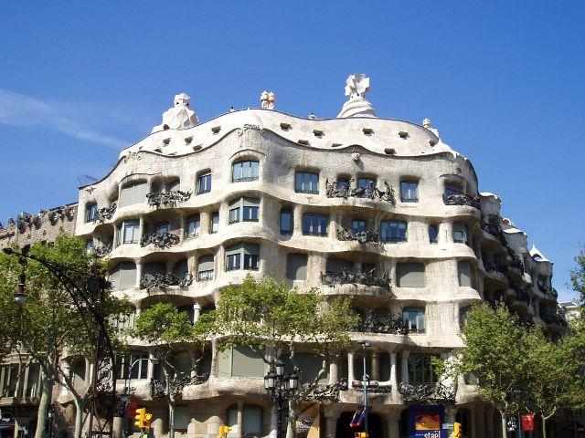 Visitar la Pedrera de Barcelona. Lo mejor del modernismo de Gaudí
