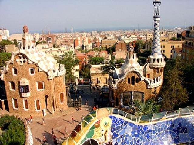 Barcelona - Parque Guell - Pabellones