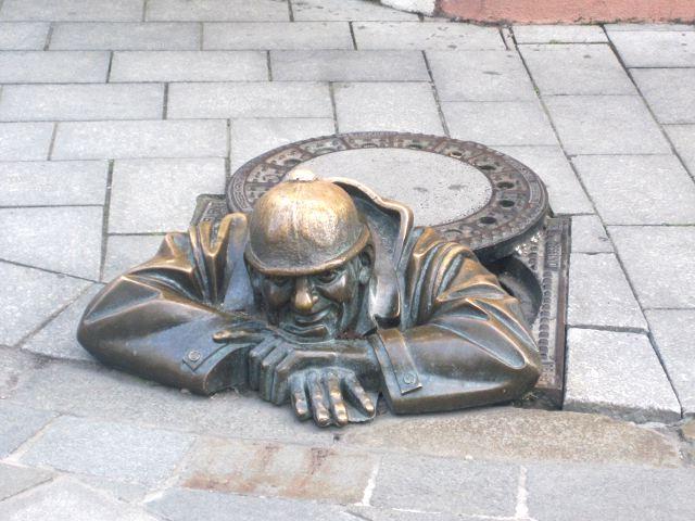 Que hacer en Bratislava - Estatua