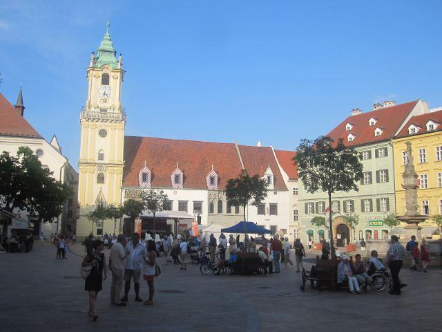 Bratislava - Hlavné Naméstie