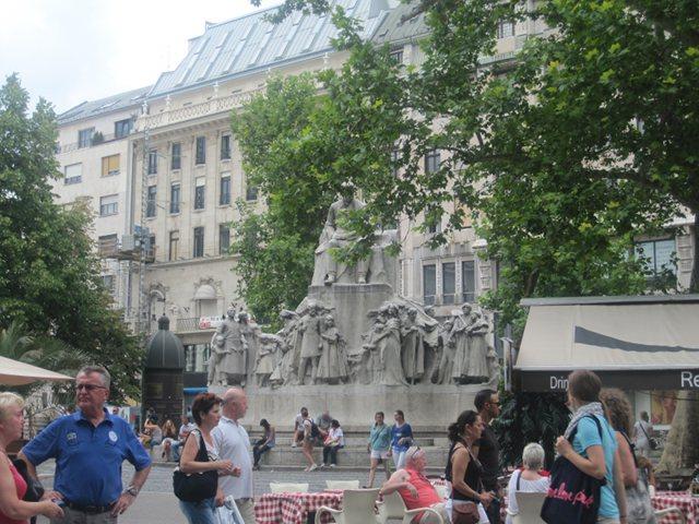 Budapest - Vorosmarty Ter