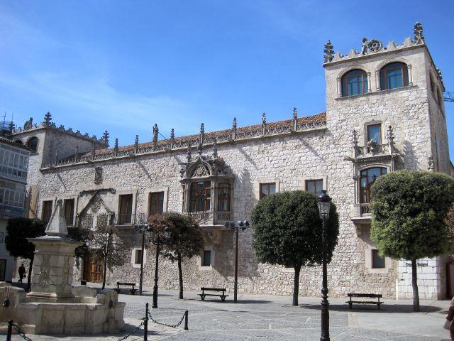 Conocer Burgos en dos dias - Casa del Cordon