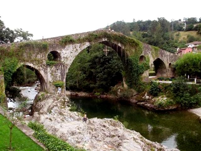 Cangas de Onís - Puente Romano