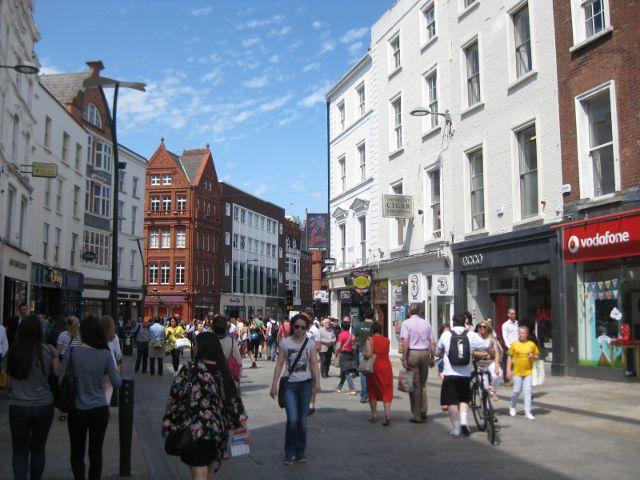 Un paseo por Grafton Street, la calle más popular de Dublín