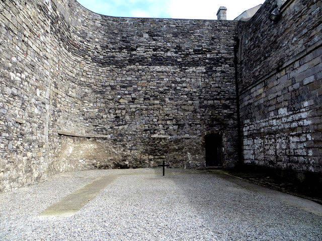 dublin-kilmainham-gaol-patio-ejecuciones
