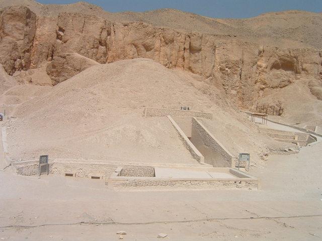 Los Valles de los Reyes y de las Reinas. Tumbas de faraones