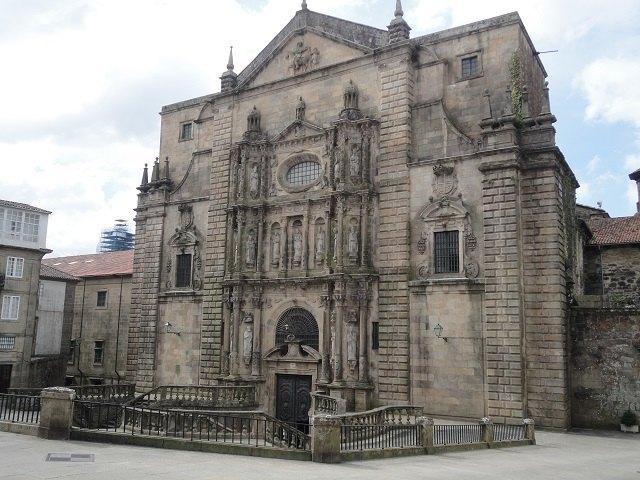 El Monasterio de San Martiño Pinario de Santiago y su iglesia