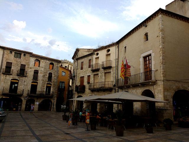Girona - Besalú - Plaza Mayor
