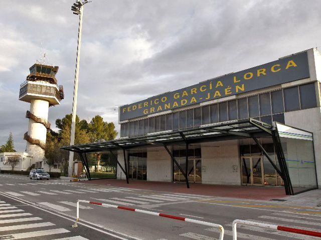 Cómo Llegar a Granada – Ir del Aeropuerto al Centro