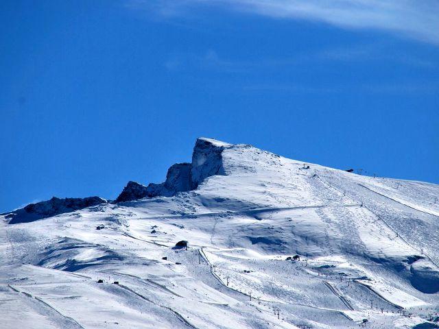 Sierra Nevada, disfrutando en invierno... y en verano