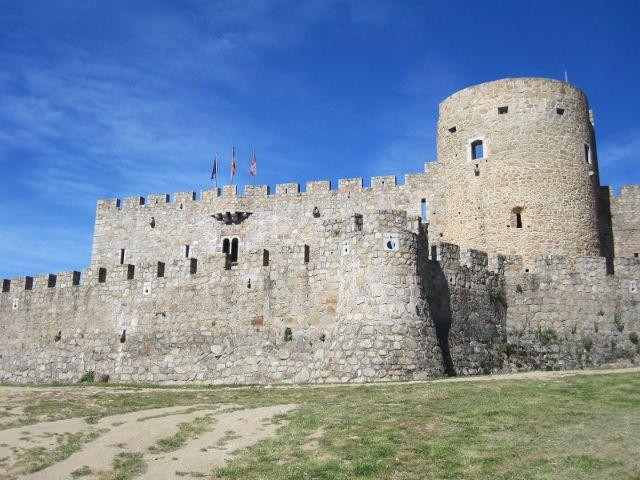La Adrada - Castillo - Exterior