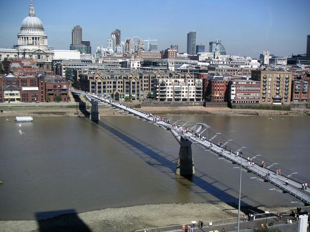 Londres - Millenium Bridge