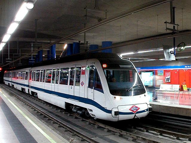 Cómo Moverse por Madrid – Metro, Autobús, Cercanías y Taxi