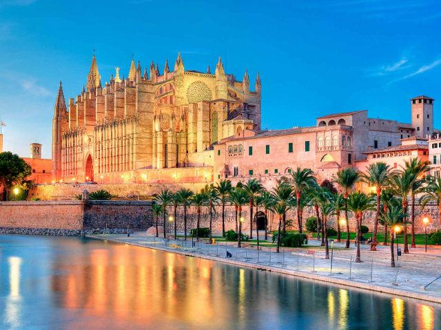 Los principales lugares que visitar en Palma de Mallorca. Lo imprescindible que conocer