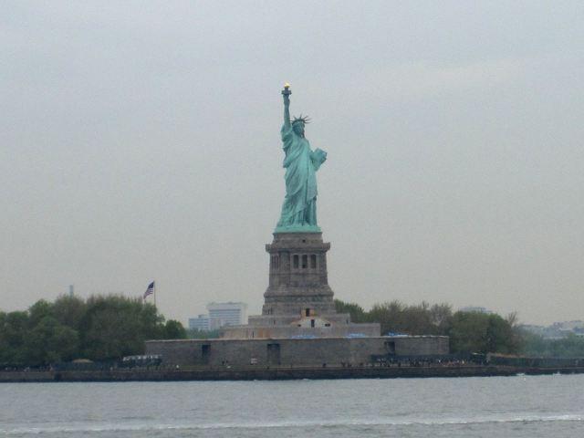 Nueva York - Estatua de la Libertad desde ferry