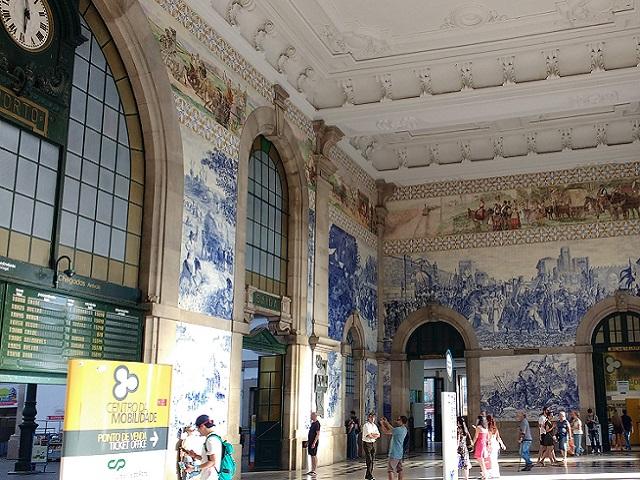 La Estación de San Bento, lugar imprescindible que visitar en Oporto
