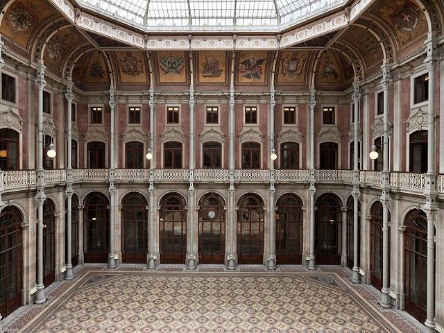 Oporto - Palacio Bolsa - Patio Naciones