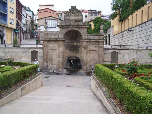 Ourense-As-Burgas.jpg