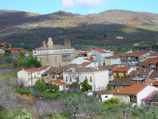 Visitar La Vera y el Monasterio de Yuste, un paraíso sin límites en Extremadura