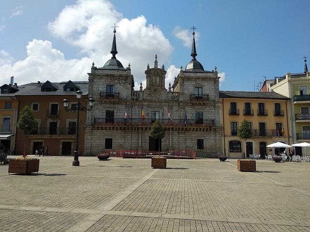 Ponferrada - Plaza del Ayuntamiento