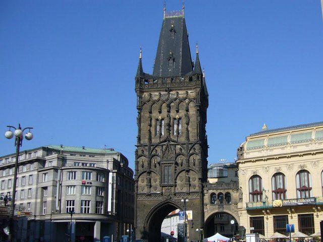 Visitar la Torre de la Pólvora de Praga. Horarios y tarifas