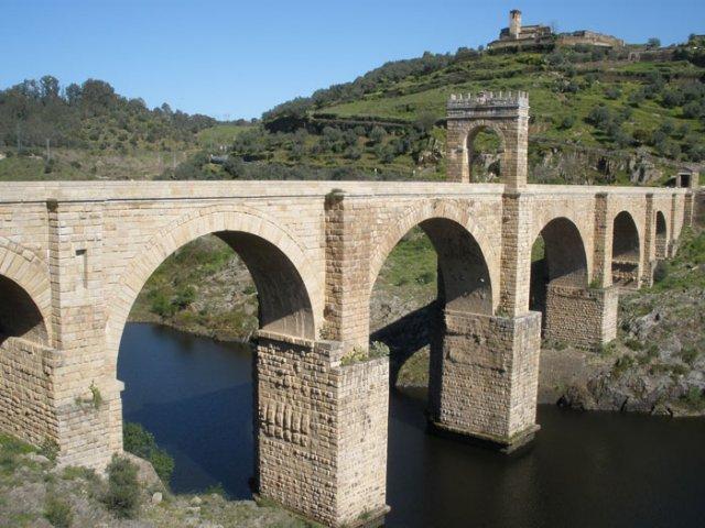 El Puente de Alcántara, una imprescindible visita