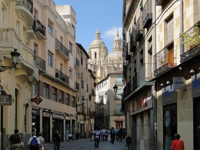 Segovia - Calle Juan Bravo