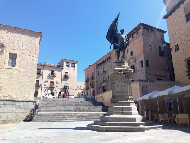 Segovia - Plaza Medina Campo