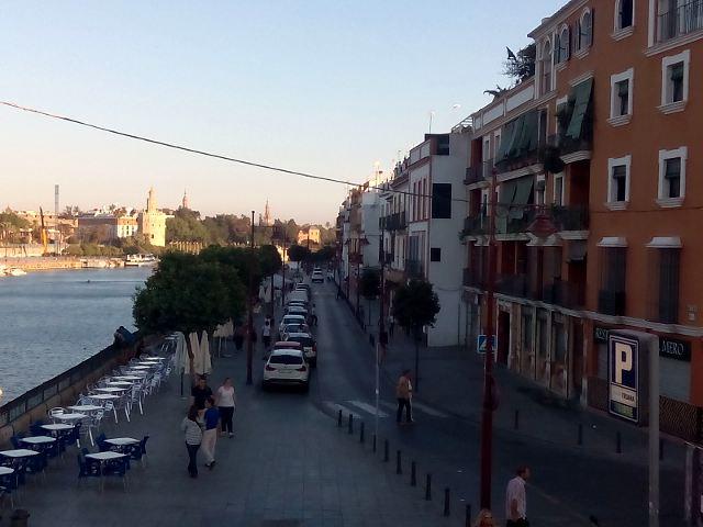 Sevilla - Calle Betis