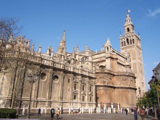 Visitar la Catedral de Sevilla, la más grande de España