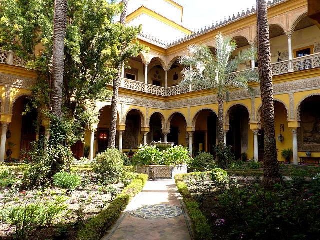 Cómo visitar el Palacio de las Dueñas de Sevilla