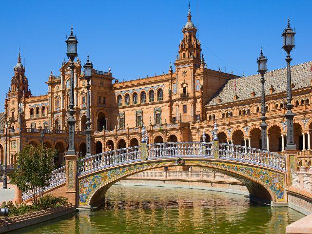 Los mejores lugares que ver en Sevilla. Principales monumentos