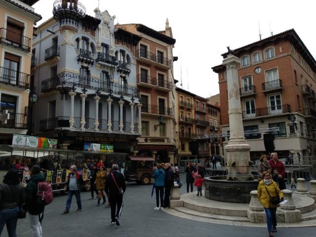 Que ver en Teruel en un dia - Plaza del Torico