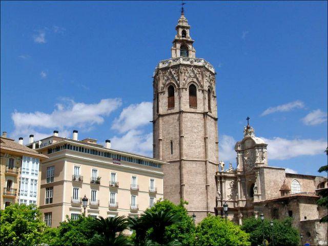 Qué ver en Valencia. Ciudad del modernismo y el Miguelete