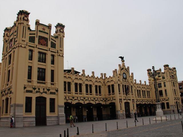 Visitando la modernista Estación del Norte de Valencia