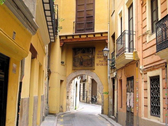 Valencia - Portal de la Valldigna
