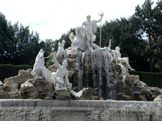 Viena - Palacio Schonbrunn - Fuente Neptuno